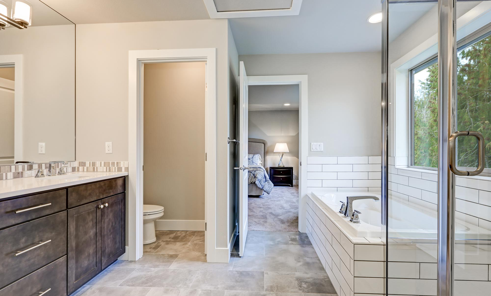 Alpharetta ga bathroom remodeling milton powder room for Bathroom design quad cities